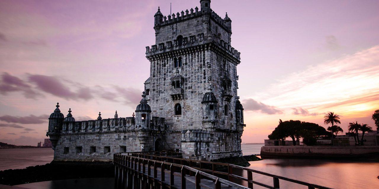 https://www.viaggialo.com/wp-content/uploads/2020/08/Lisbona-002-1280x640.jpg
