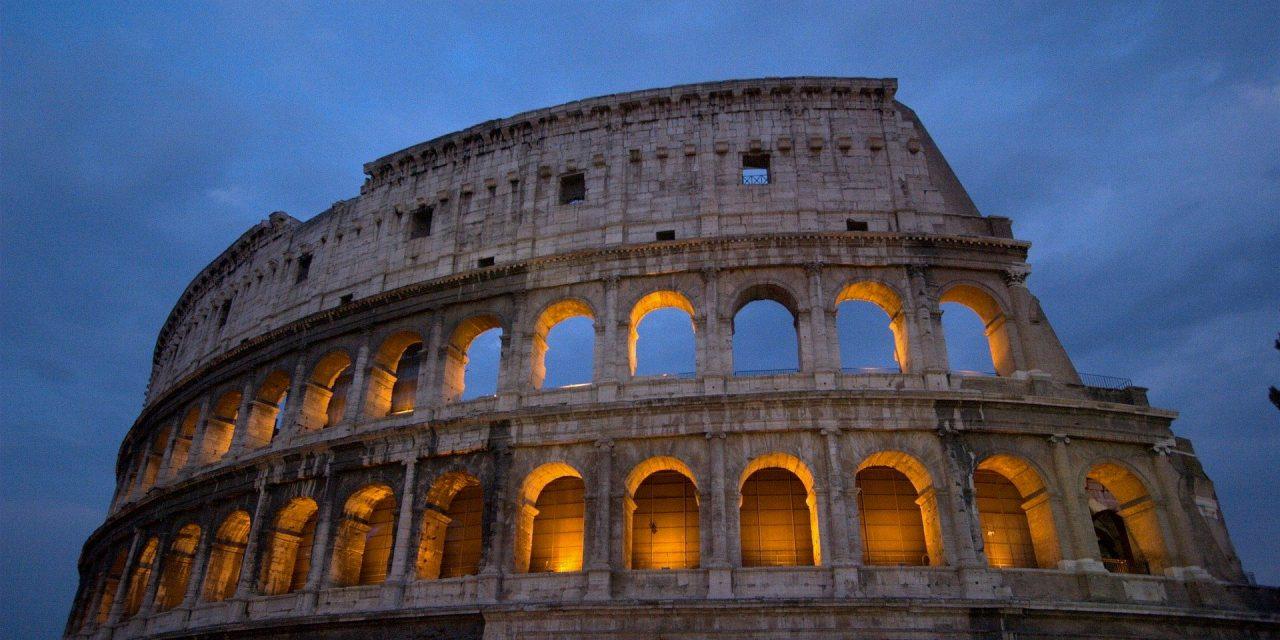 https://www.viaggialo.com/wp-content/uploads/2020/08/Roma-02-1280x640.jpg