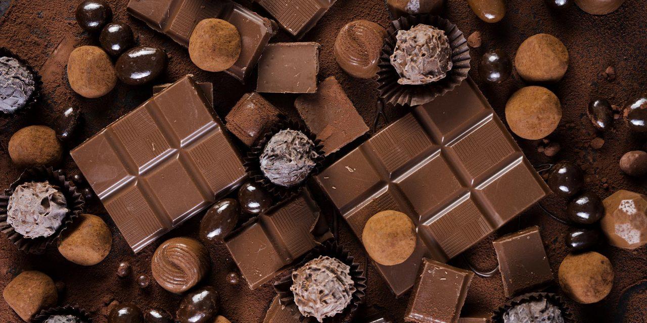 https://www.viaggialo.com/wp-content/uploads/2020/09/cioccolato-1280x640.jpg